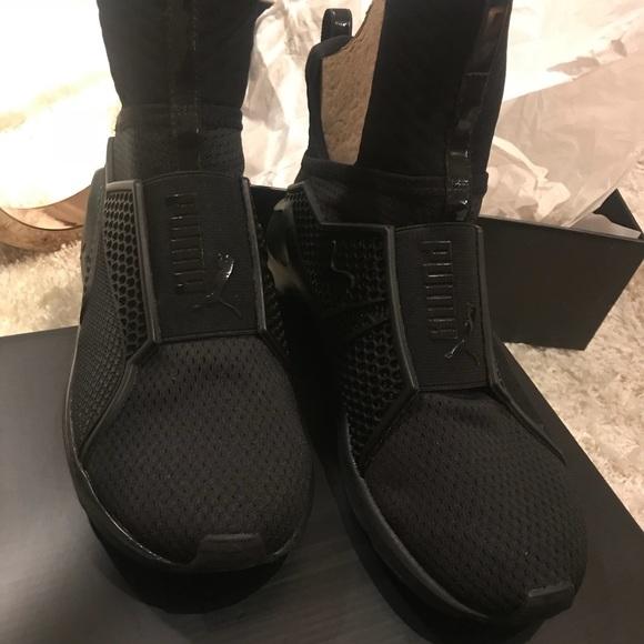 Brand Nwt Rihanna Fenty Puma Black